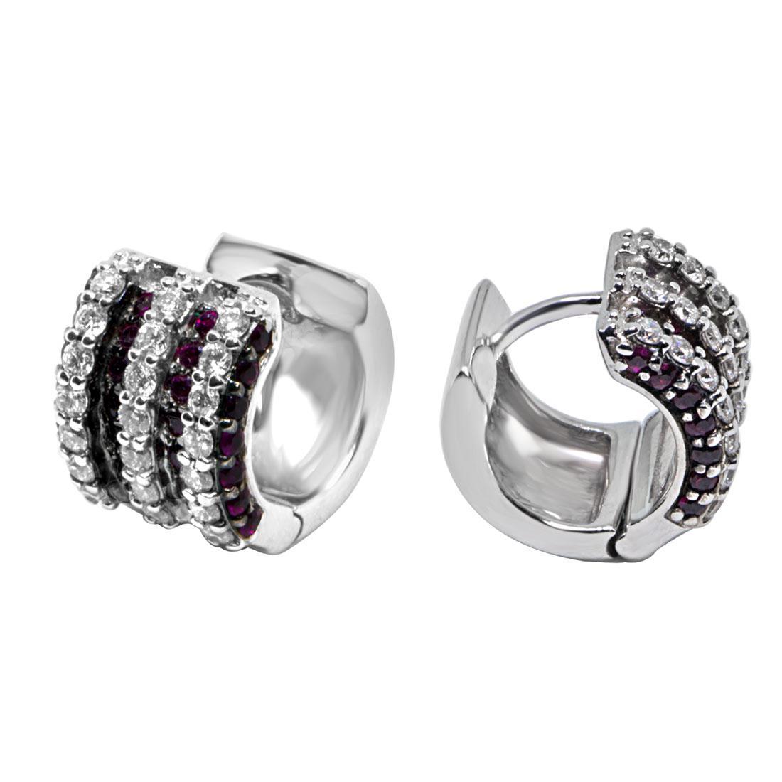 Orecchini in oro bianco con diamanti ct 0.46 e rubini ct 0.46 - ALFIERI & ST. JOHN