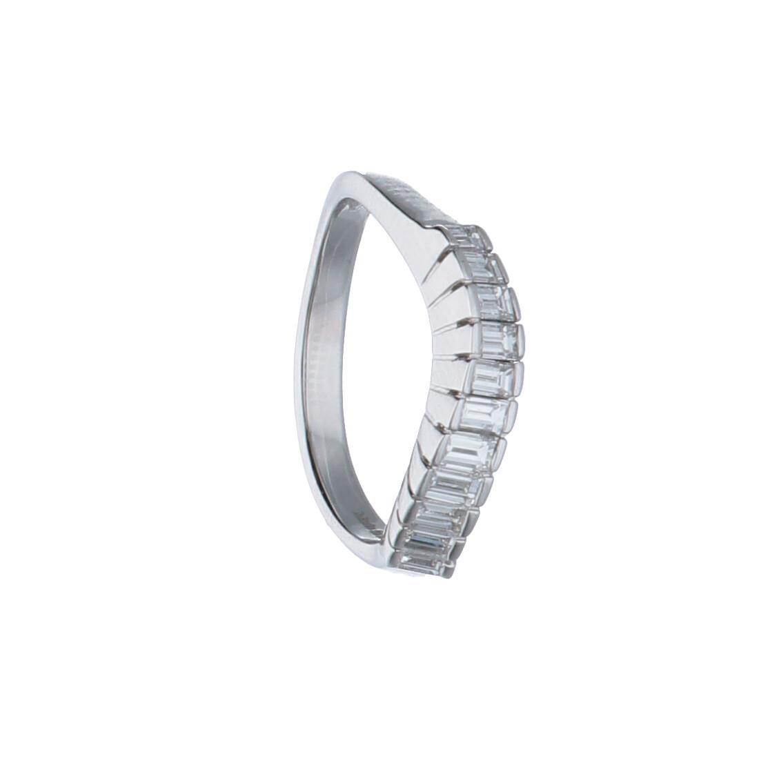 Anello in oro bianco con diamanti ct 0.55 - ALFIERI & ST. JOHN