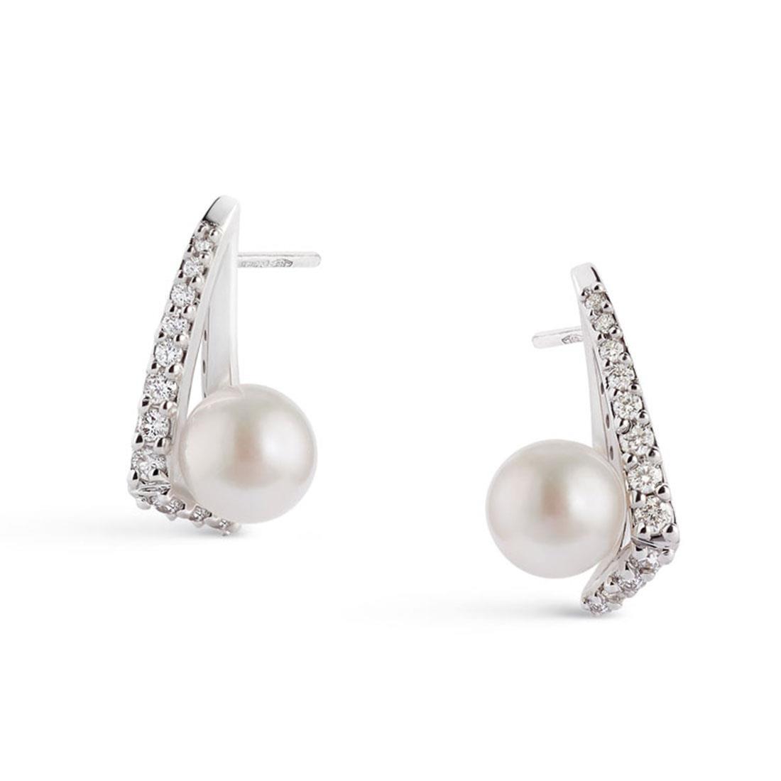 Orecchini in oro bianco con perle Akoya e diamanti ct.0,41 - ALFIERI & ST. JOHN