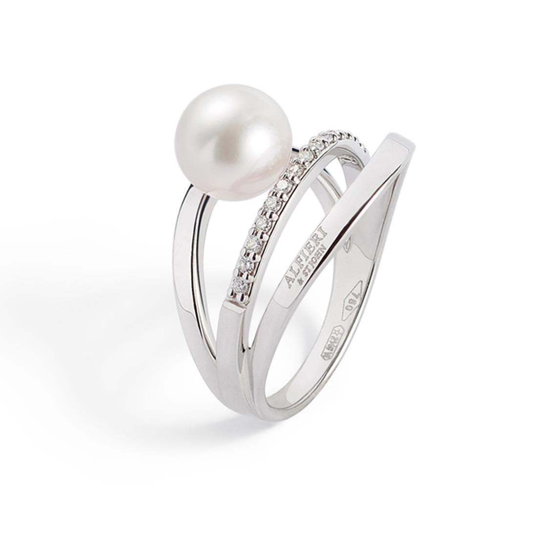 Ring with Akoya pearl and diamonds - ALFIERI & ST. JOHN