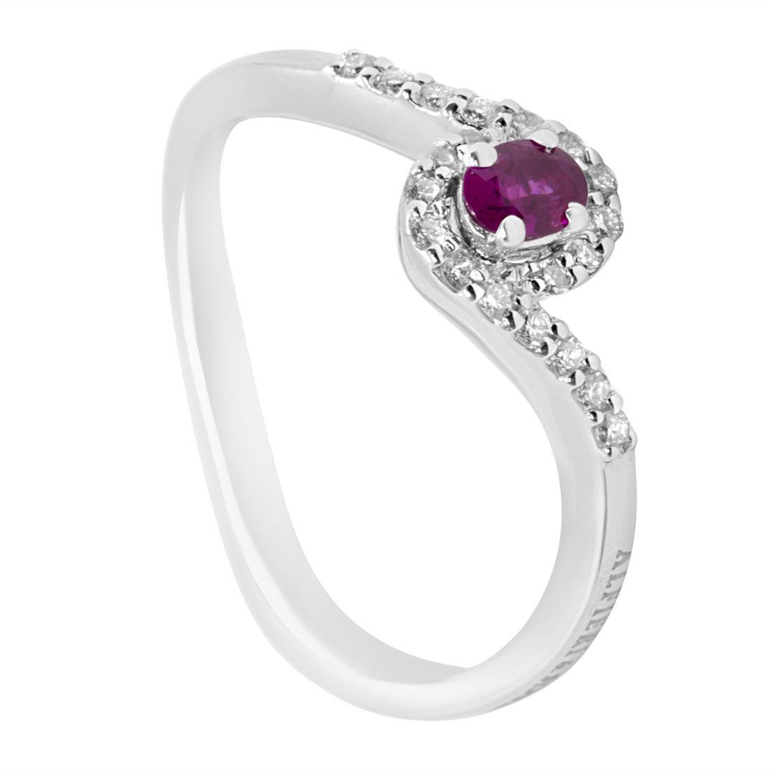 Anello contrarié in oro bianco con diamanti e rubino  - ALFIERI & ST. JOHN