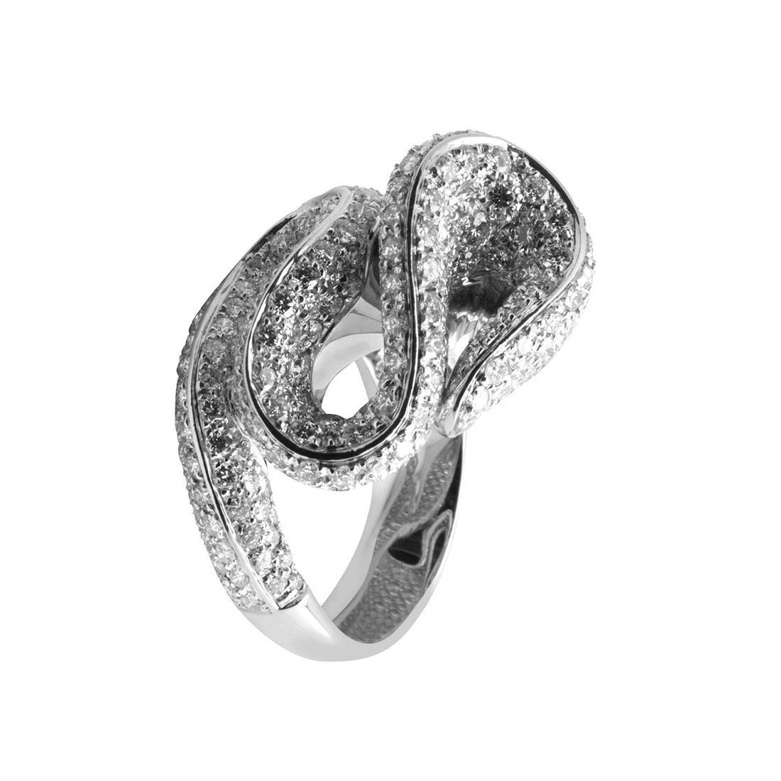 Anello in oro bianco con diamanti ct 6.19 colore H, purezza SI1 - ALFIERI & ST. JOHN