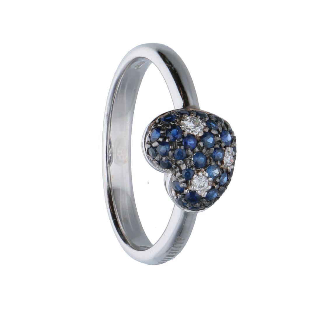 Anello in oro bianco con diamanti bianchi ct 0.06 e diamanti neri ct 0.44 e zaffiri, misura 15 - ALFIERI & ST. JOHN