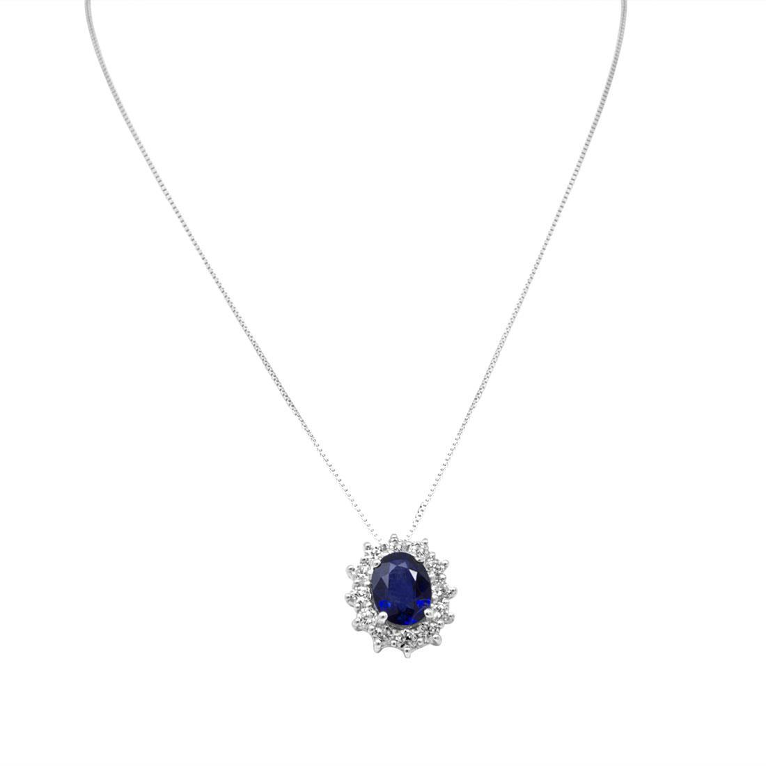Collana in oro bianco e pendente 13mm con zaffiro ct 1.60 e diamanti ct 0.55, lunghezza 42cm - ORO&CO