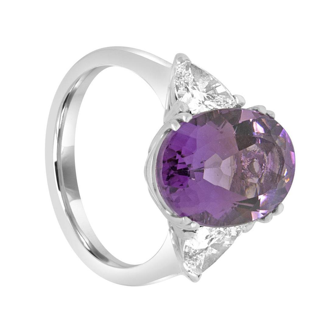 Anello design in oro bianco con diamanti e ametista - ORO&CO