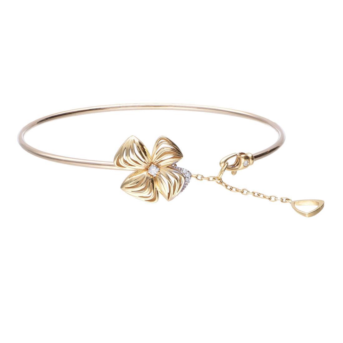 Bracciale in oro giallo e diamanti con fiore  - ALFIERI & ST. JOHN
