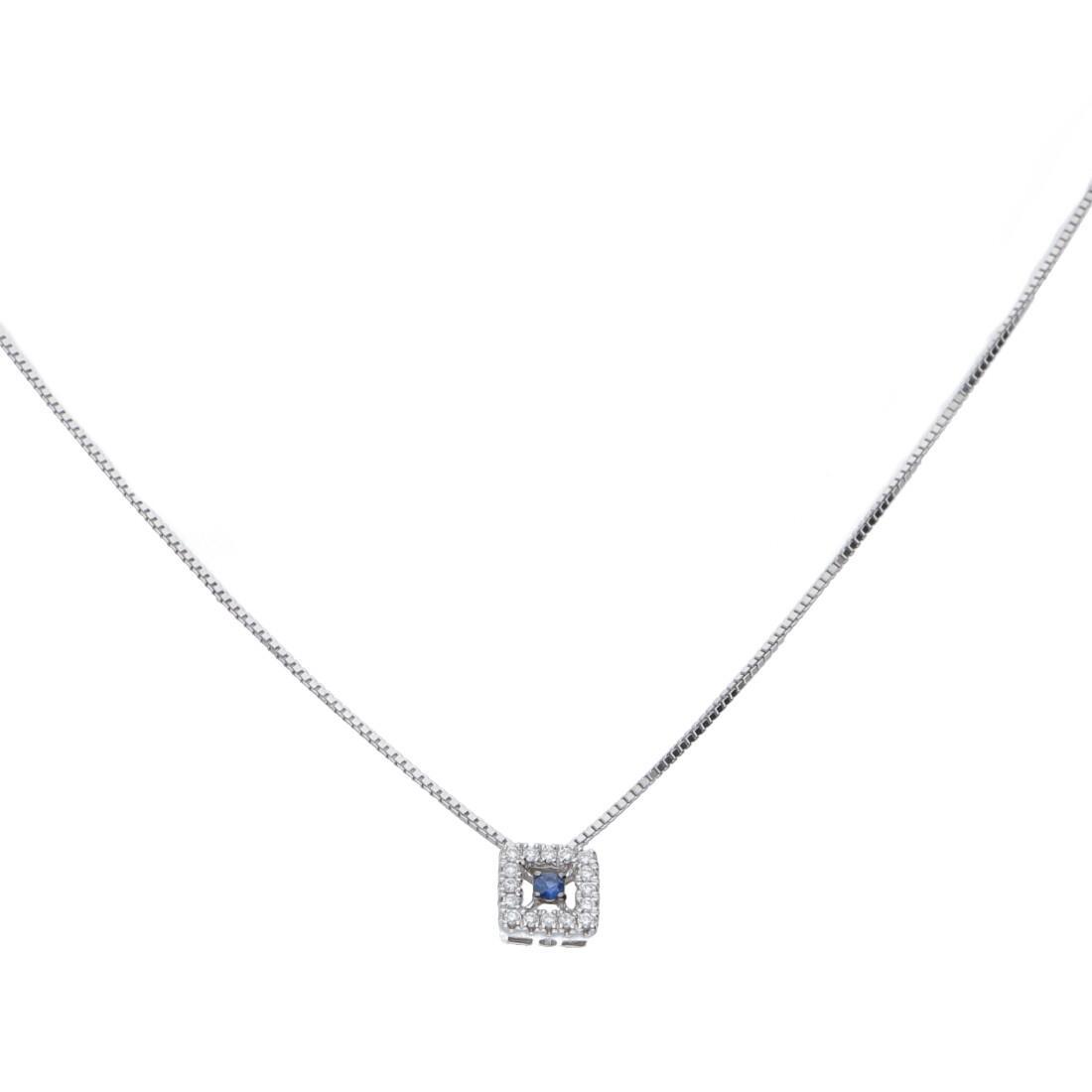 Collana in oro bianco con pendente con diamanti ct 0.05 e zaffiri - BLISS