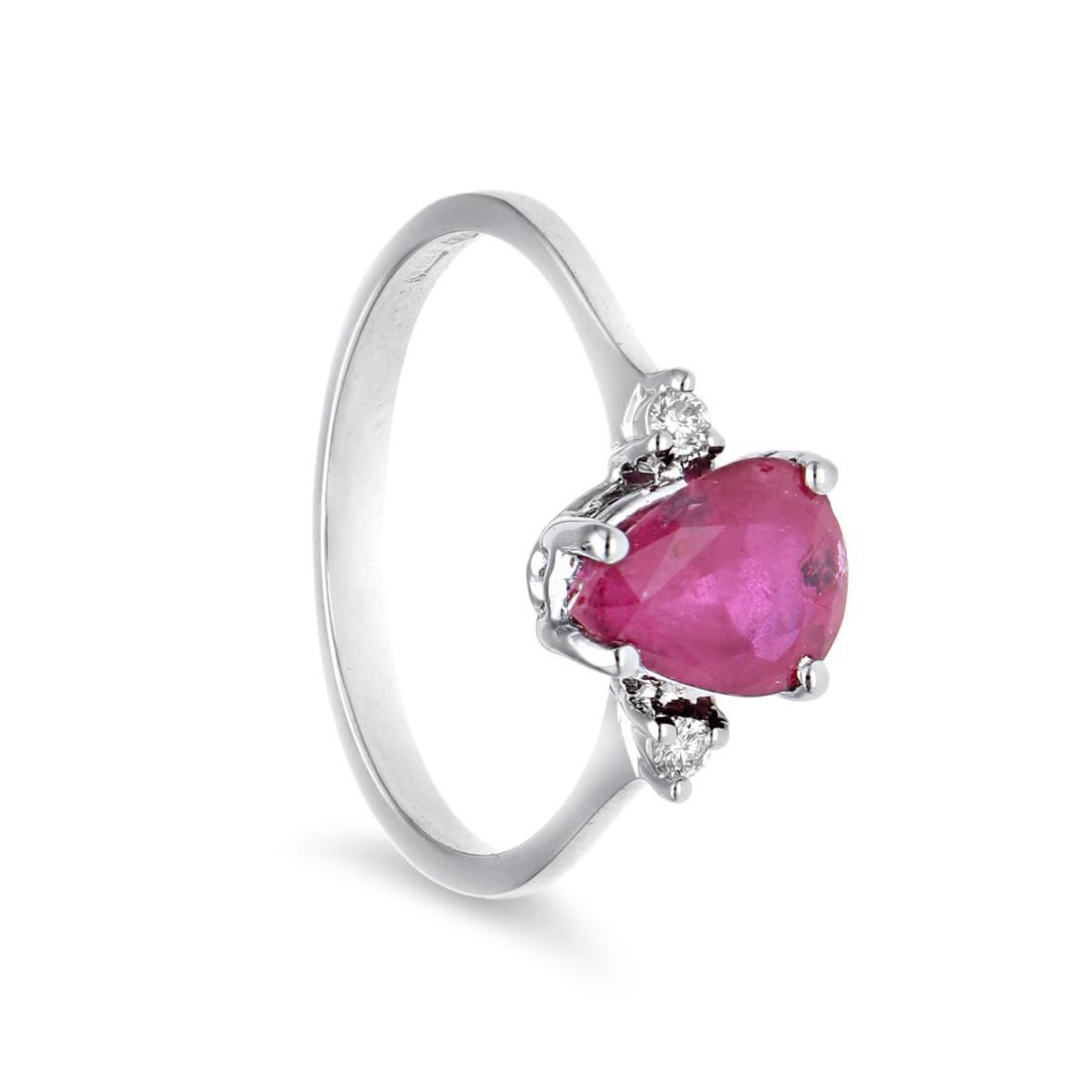 Anello con rubino e diamanti - ORO&CO