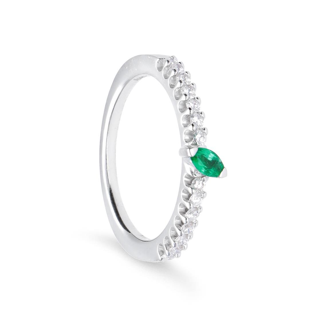 Anello con smeraldo e diamanti - ALFIERI & ST. JOHN