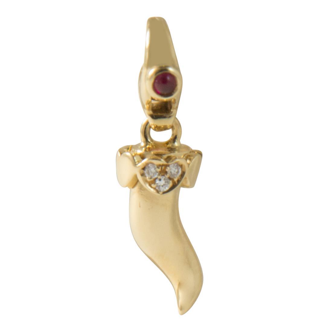 Ciondolo corno charm in oro giallo con diamanti ct 0.02 e rubini 0.06 - PASQUALE BRUNI