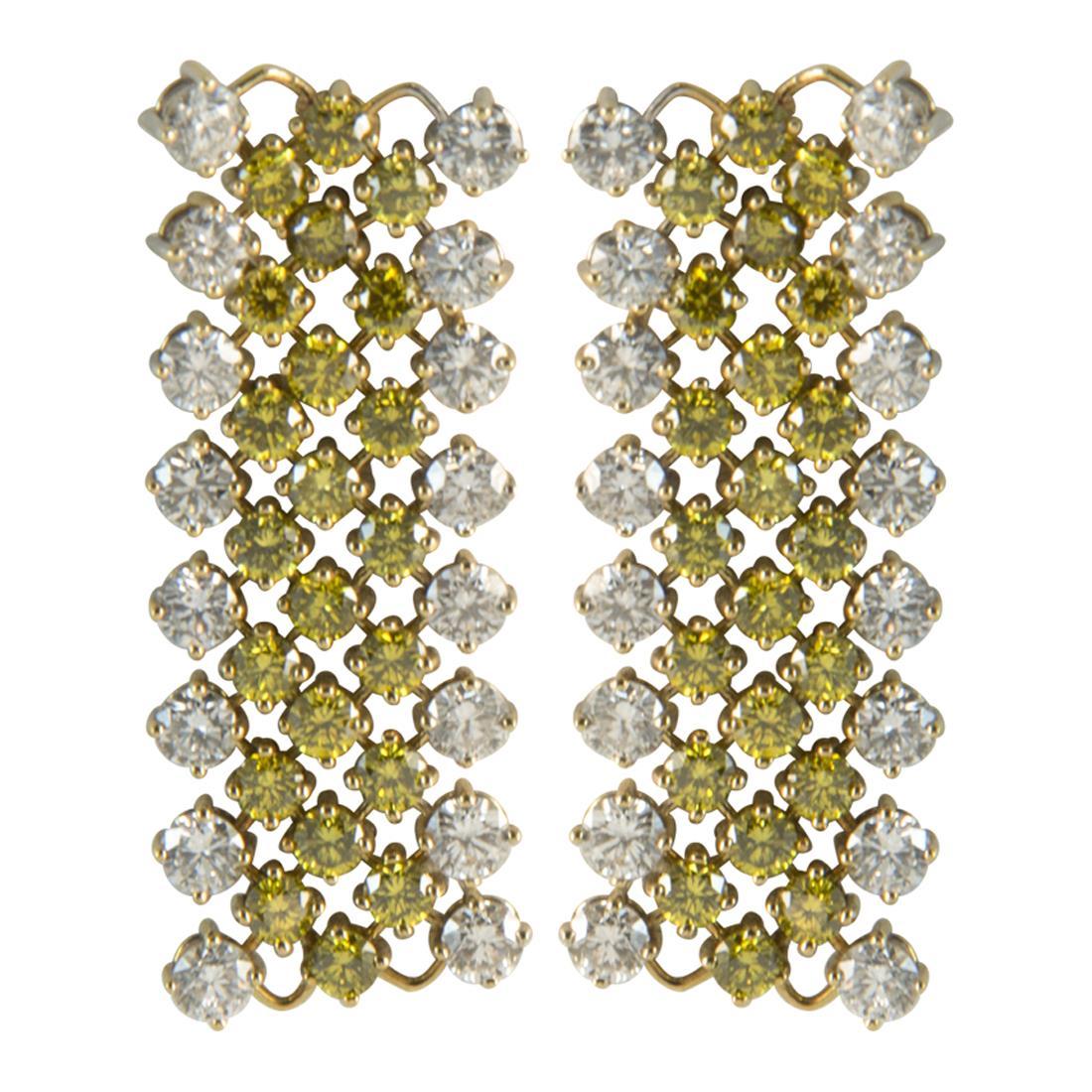 Orecchini in oro bianco con diamanti ct 3.85 e diamanti gialli ct 3.35 misura 6.00cm - ALFIERI ST JOHN