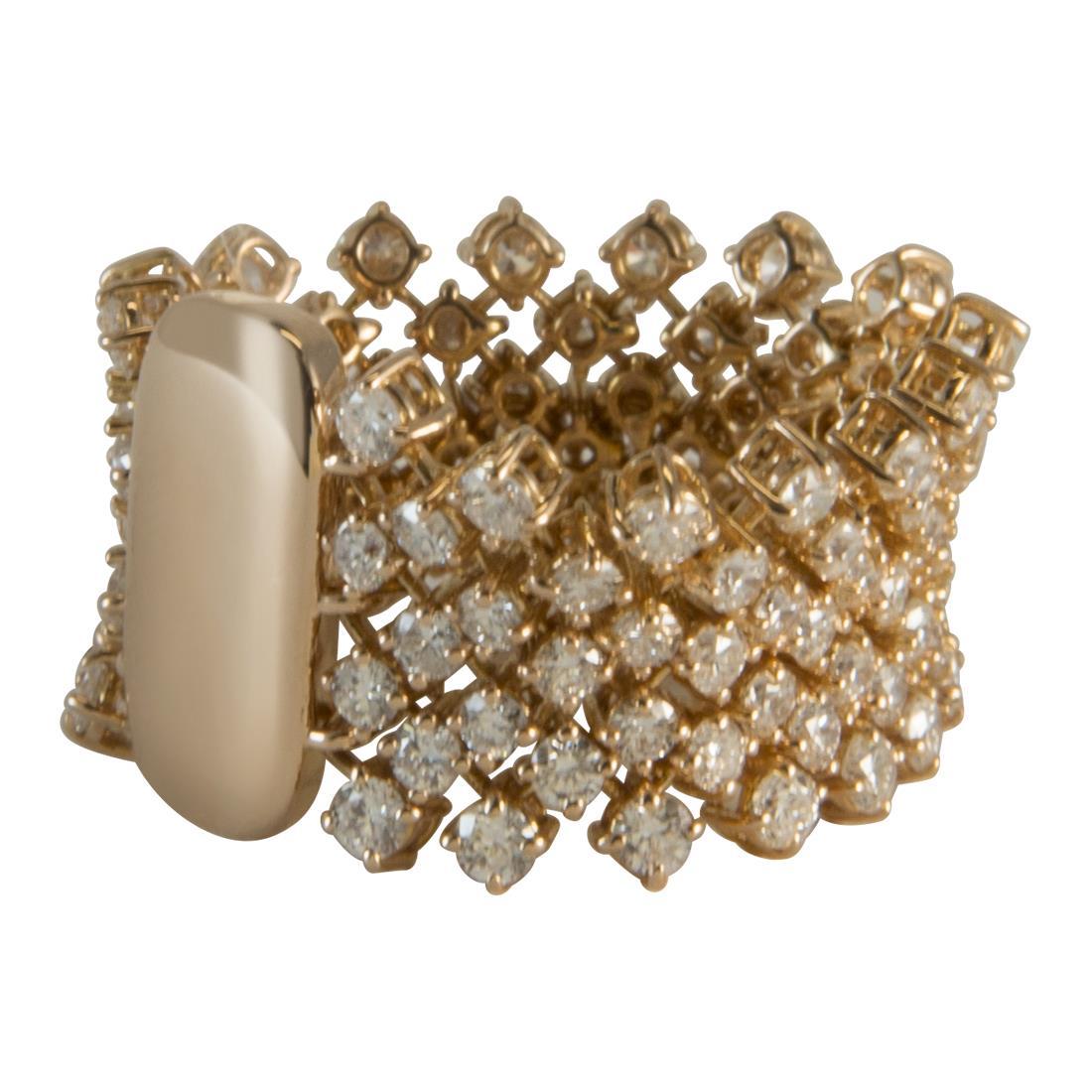 Anello in oro giallo con diamanti ct 3.00 - ALFIERI ST JOHN