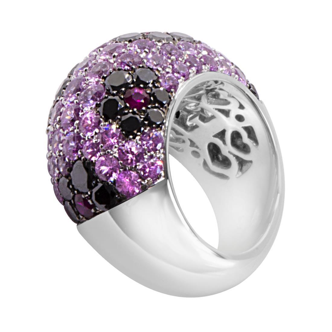 Anello in oro bianco con diamanti, zaffiri e rubini - PASQUALE BRUNI