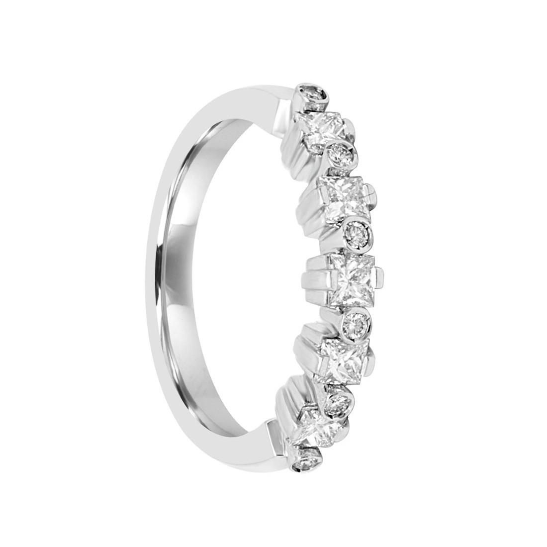 Anello veretta in oro bianco con diamanti ct 0.71 - SALVINI