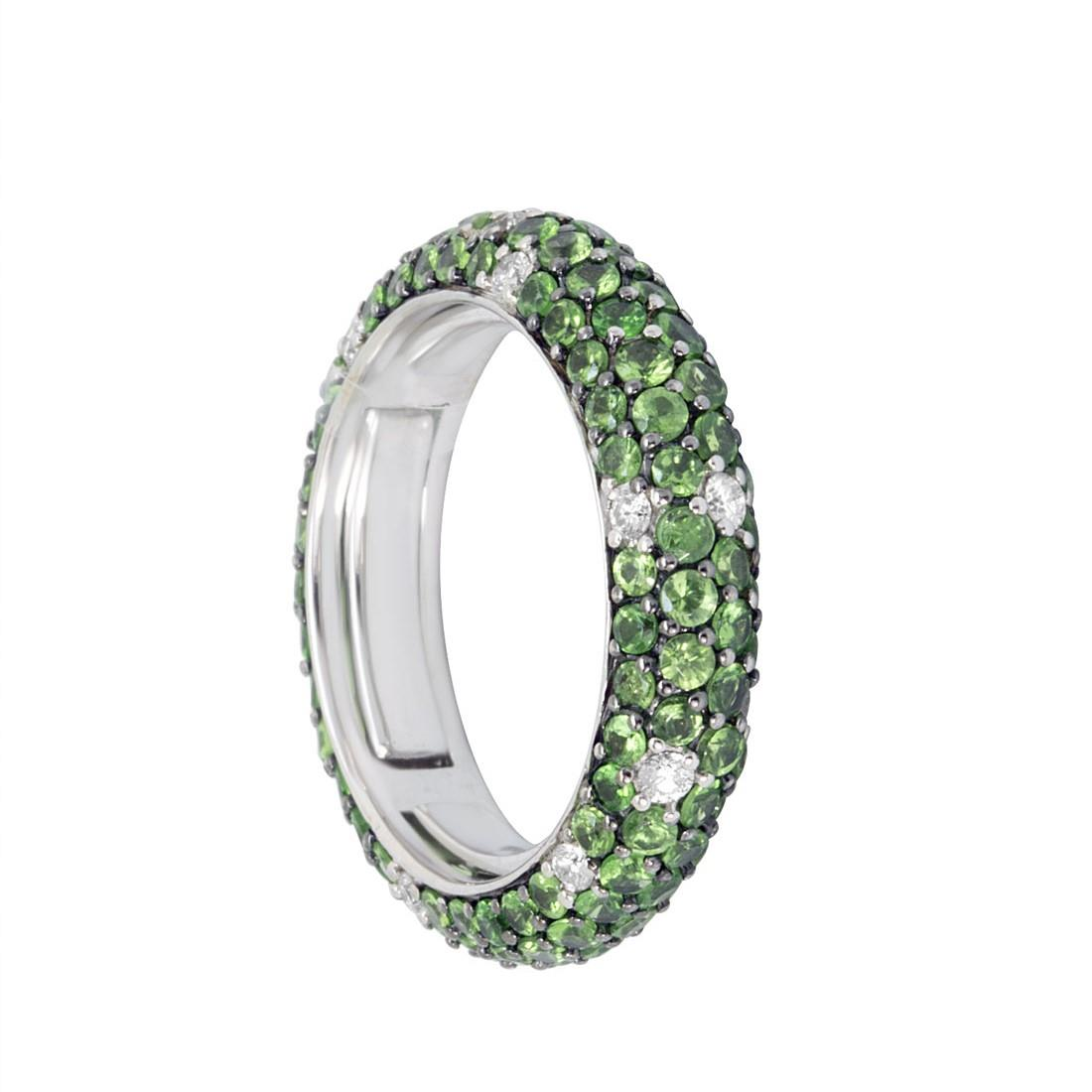 Anello eternity in oro bianco con diamanti ct 0.30 e tsavorite ct 2.40 - ALFIERI ST JOHN