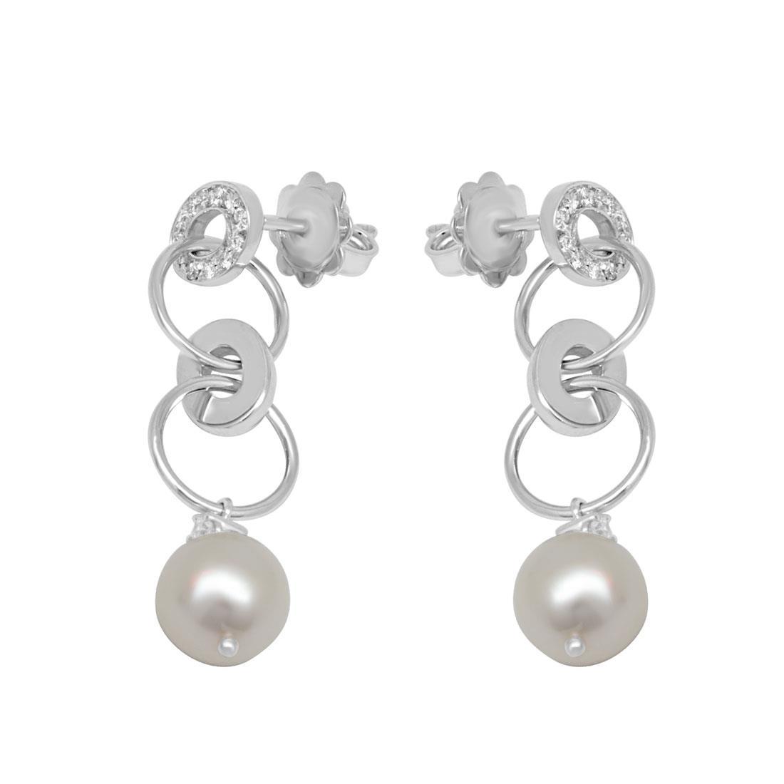 Orecchini in oro bianco con perle e diamanti ct 0.18 - SALVINI