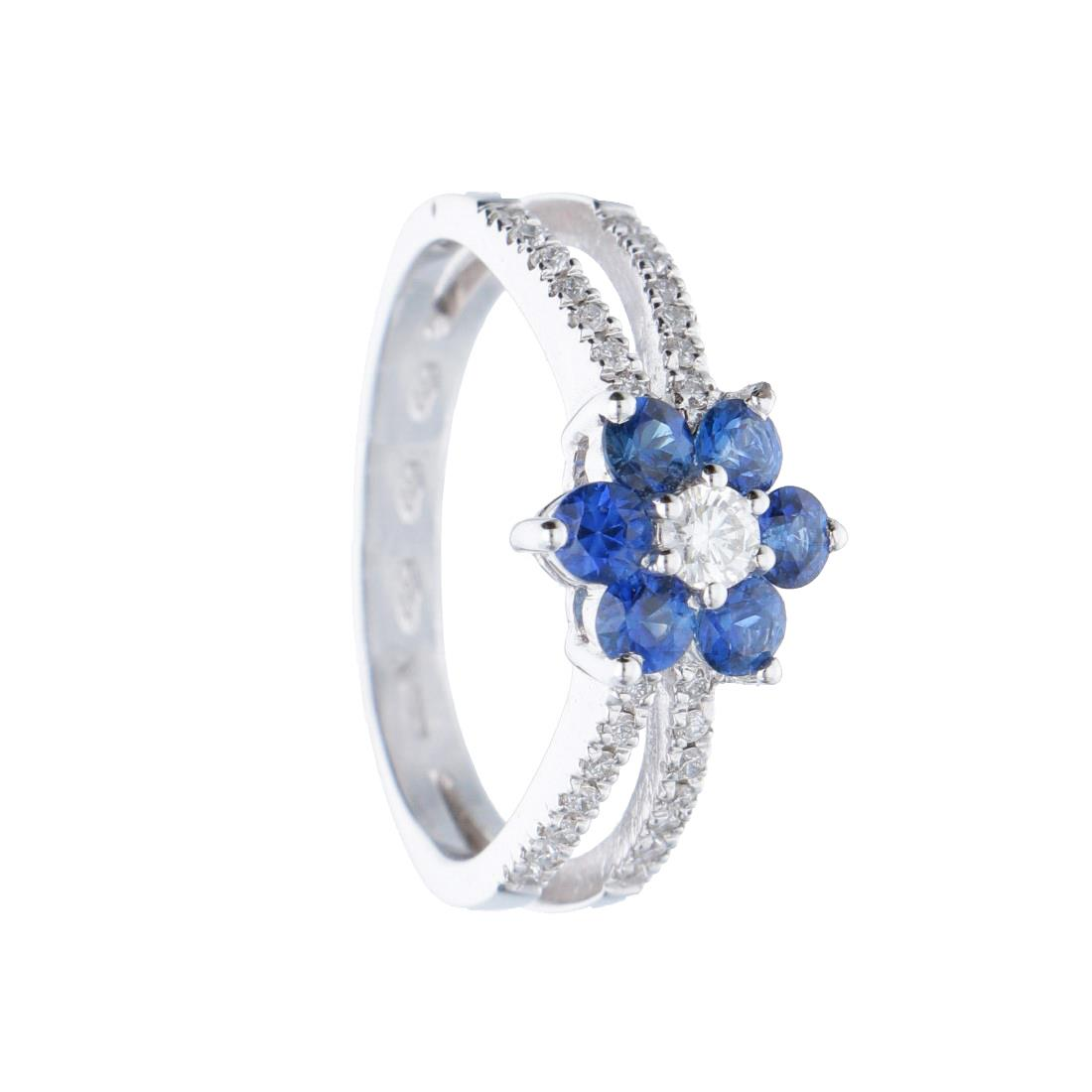 Anello in oro bianco con diamanti e zaffiri blu - ALFIERI ST JOHN