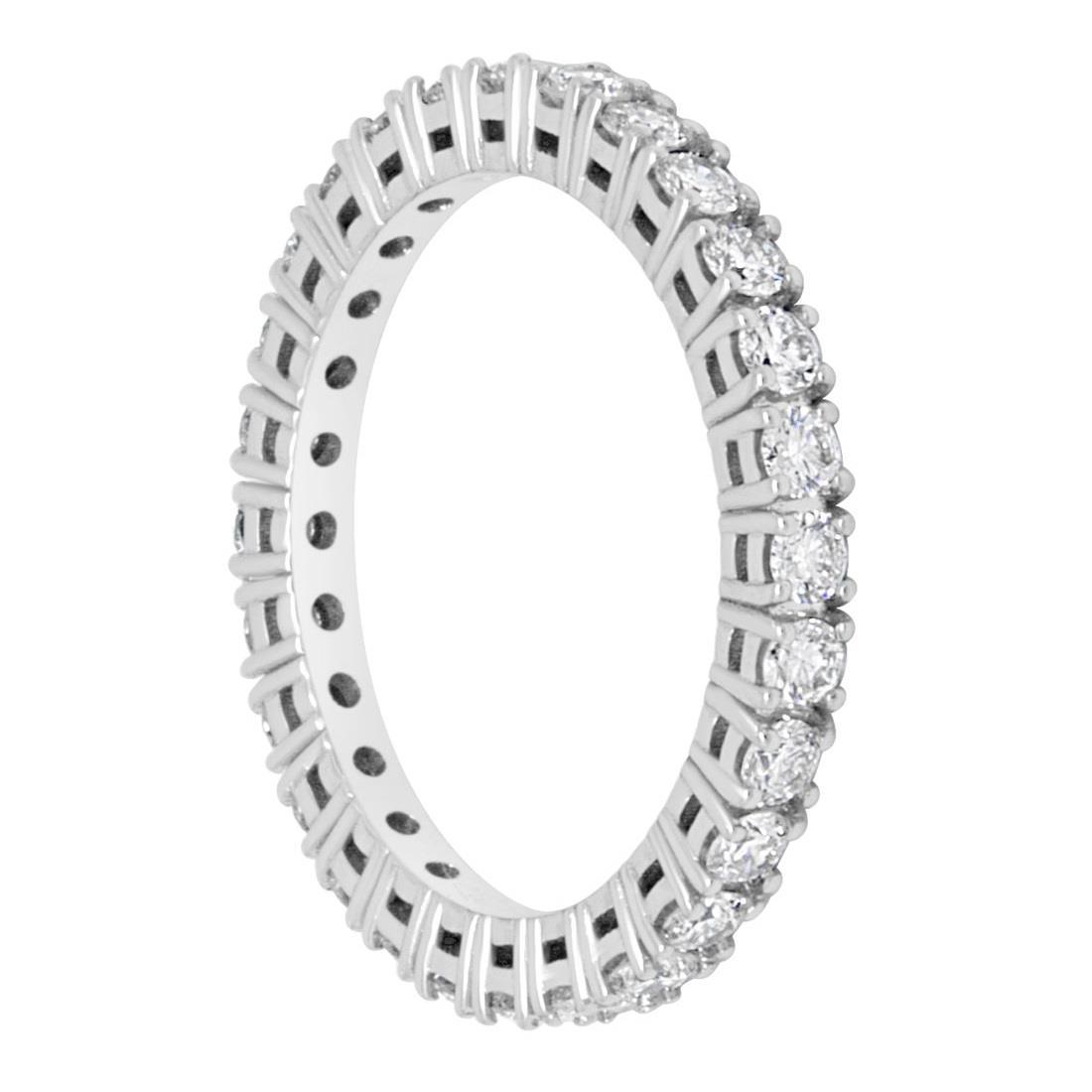 Anello eternity in oro bianco e diamanti ct 1.08  - ALFIERI & ST. JOHN