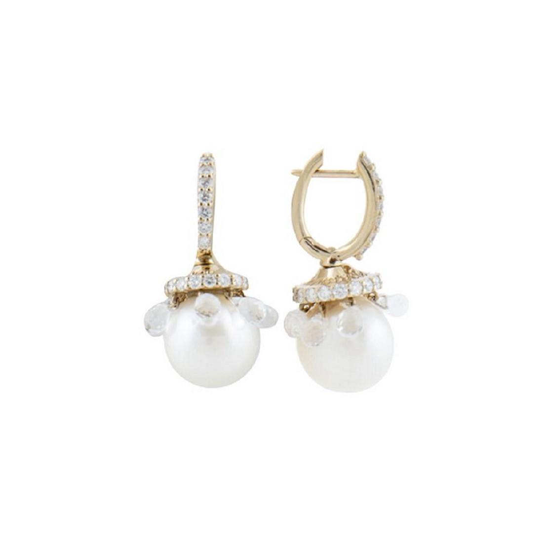 Orecchini corti in oro giallo, diamanti ct 1.27, perle e briolette in cristallo di rocca - CHANTECLER