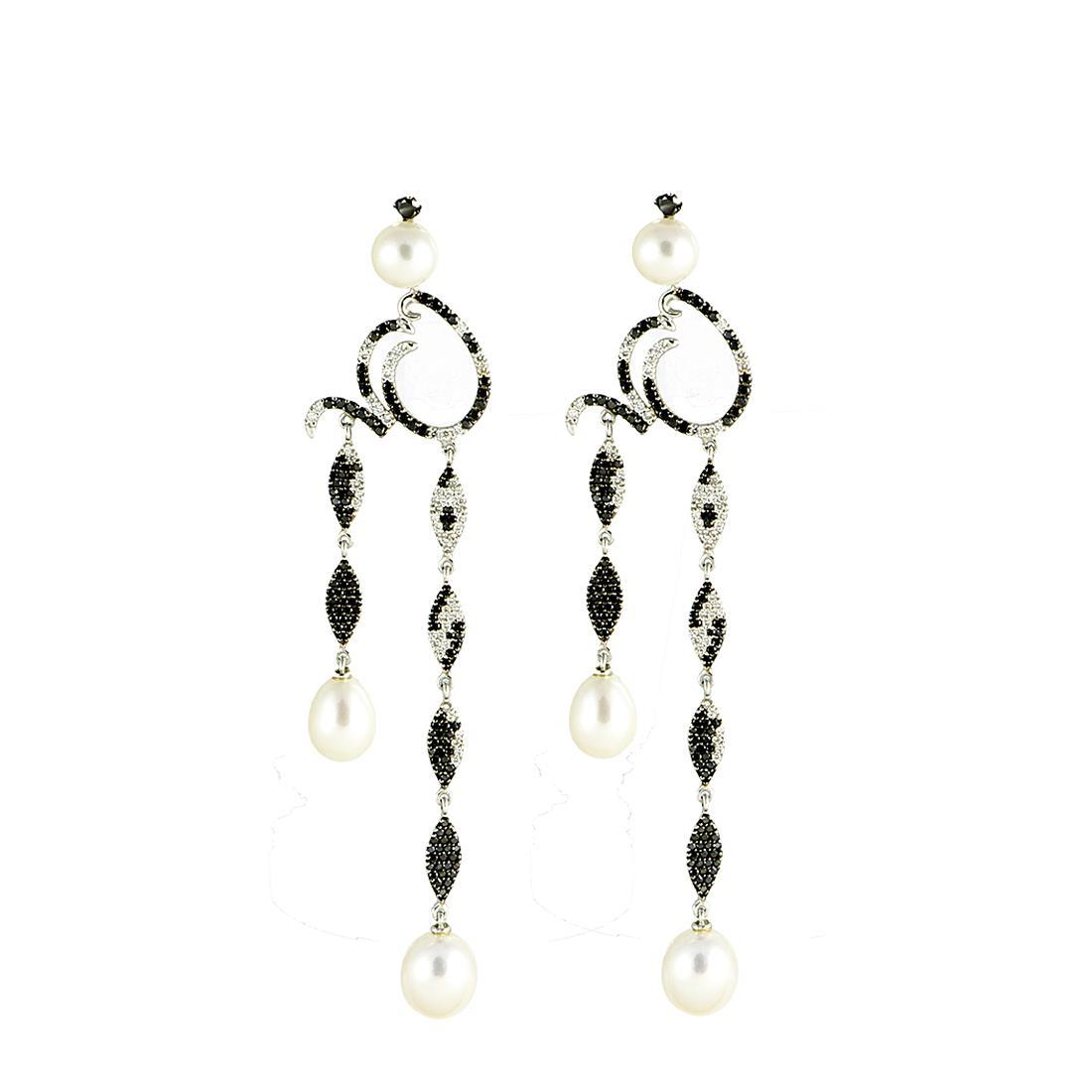 Orecchini in oro bianco con diamanti ct 3.09 e perle  - ROBERTO DEMEGLIO